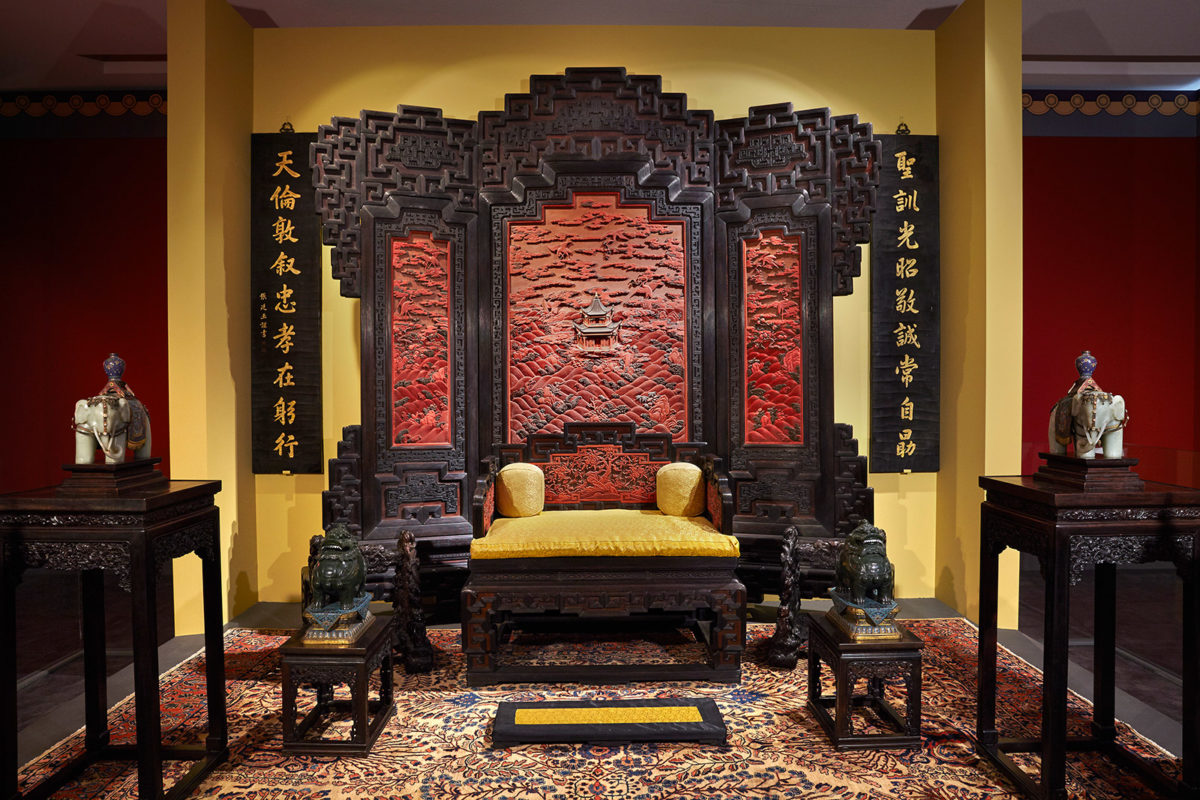 The Throne Room in the Palace of Many Splendors Qing Dynasty, Qianlong Reign (1735-1796). Photographed by Giorgos Vitsaropoulos.
