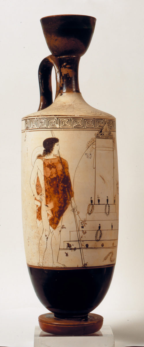 Attic lekythos from Eretria depicting a visit to a burial monument, by the Bosanquet Painter, circa 440 B.C. It was the duty of the members of a household to care for family tombs and the memory of their ancestors (©Ministry of Culture, Fund of Archaeological Proceeds, National Archaeological Museum, photo: Yannis Patrikianos).