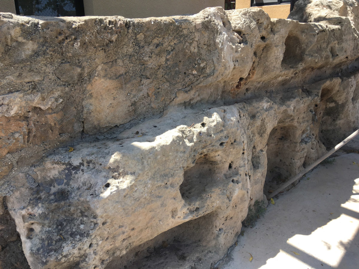 Pafos-Toumbalos: In this area, numerous niches were excavated, which probably were used to hold lamps that were offered to the deity worshiped at the sanctuary.
