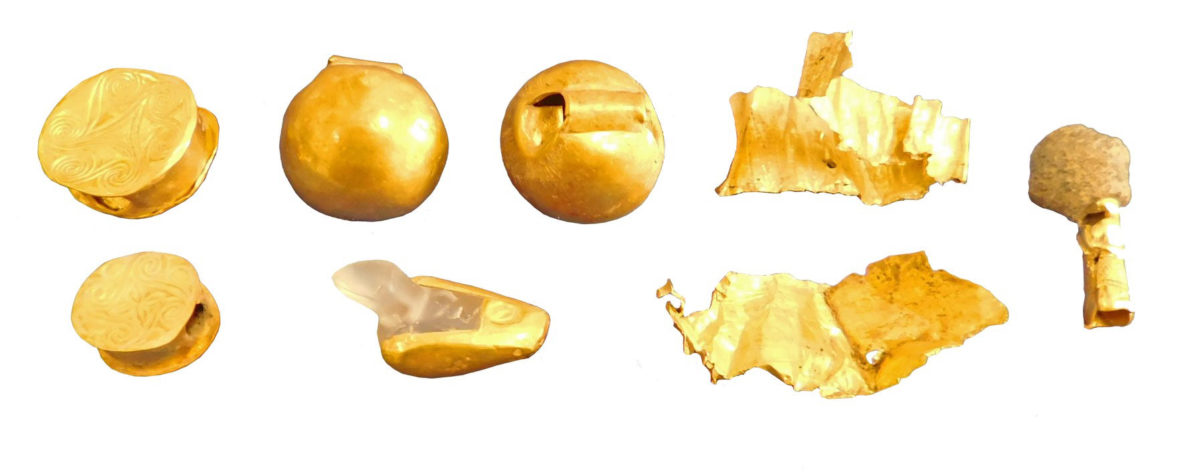 Early Minoan II and Middle Minoan IA beads and bands of gold.