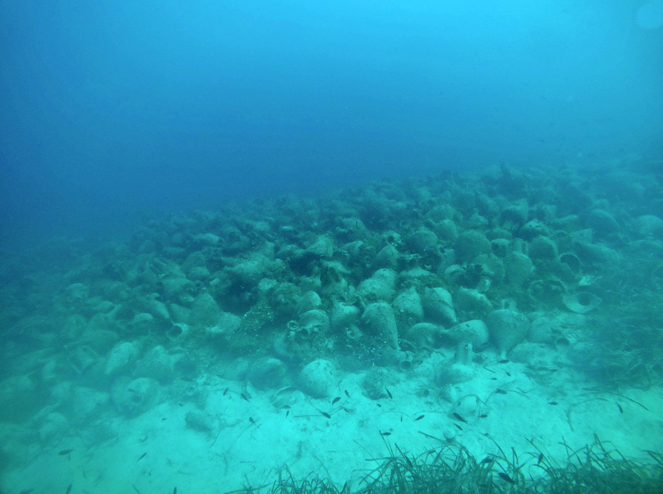 The Peristera shipwreck after its cleaning and the removal of debris  (photo: EUA).