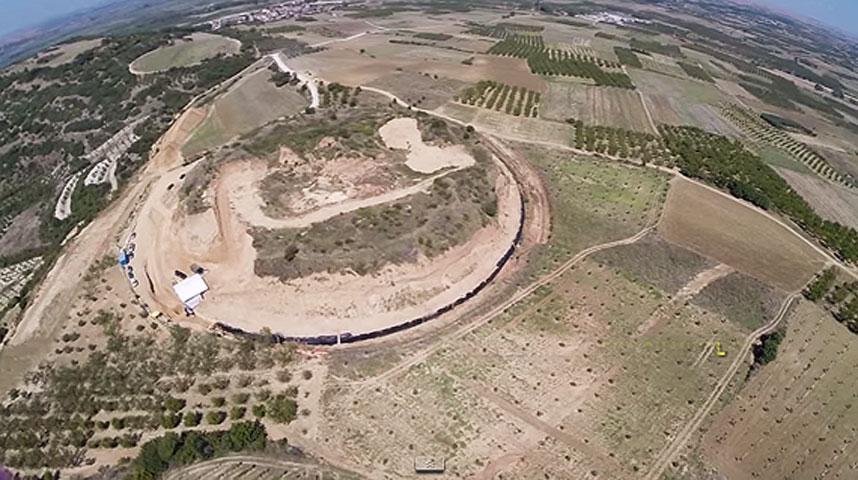 View of the Kasta mound (photo: Gregoris Tsokas).