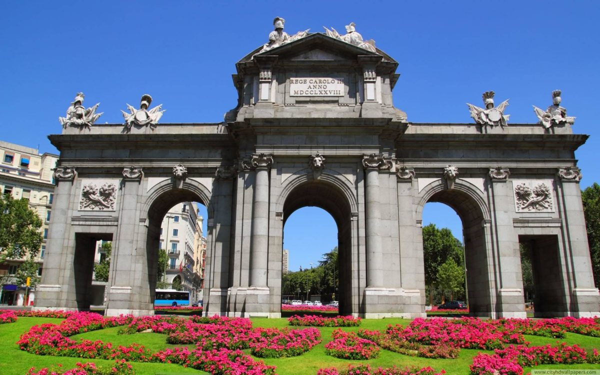 Gate of Alcalá, Madrid