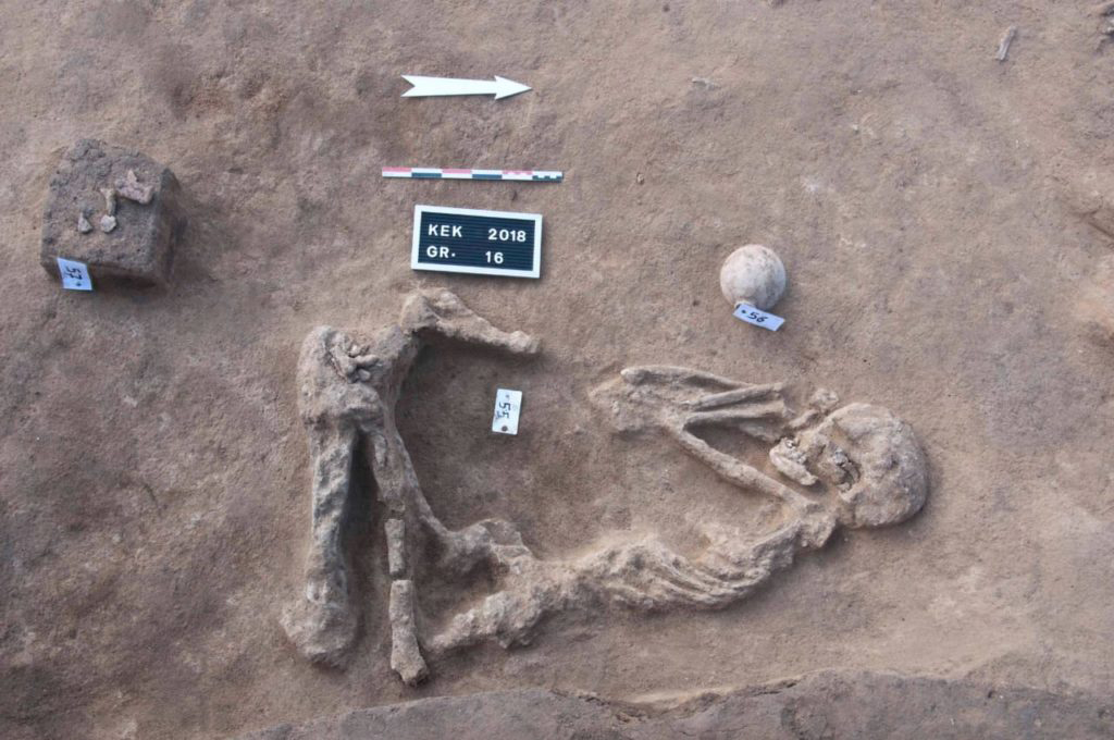 20 burials were discovered in a squatting position.