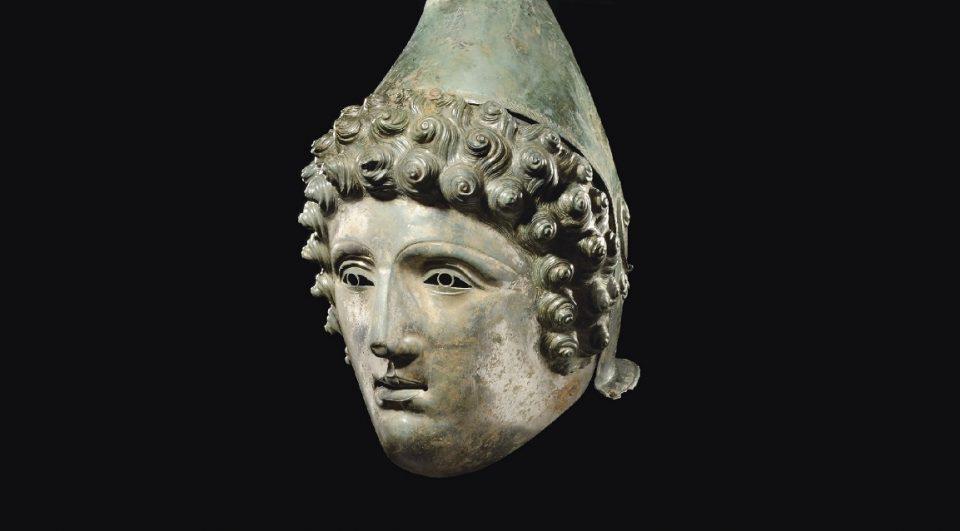 Crosby Garrett Helmet. Image Credit : Portable Antiquities Scheme