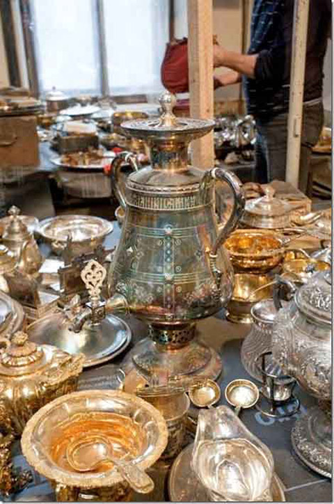 "The ""Naryshkin treasure"" was discovered in March 2012 during renovation work being done on the Naryshkin mansion on Tchaikovsky Street (photo: Antiques Trade Gazette)."