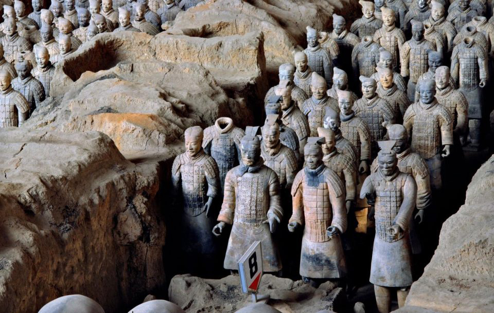 View of Pit 1 of the Terracotta Army showing the hundreds of warriors once armed with bronze weapons. Credit : Xia Juxian
