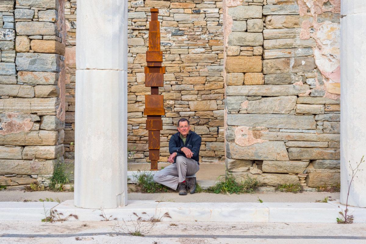 Antony Gormley at the archaeological site of Delos Island. Antony Gormley,