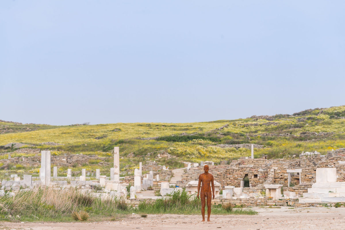 Antony Gormley, Another Time V, 2007. Installation view, SIGHT, at the archaeological site of Delos Island, 2019.  Photograph © Oak Taylor Smith | Courtesy NEON; Ephorate of Antiquities of Cyclades and the artist.