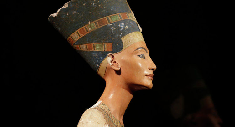 The bust belongs to Egypt, said the director of the Antiquities Museum in Bibliotheca Alexandrina. Photo Credit: SEE.