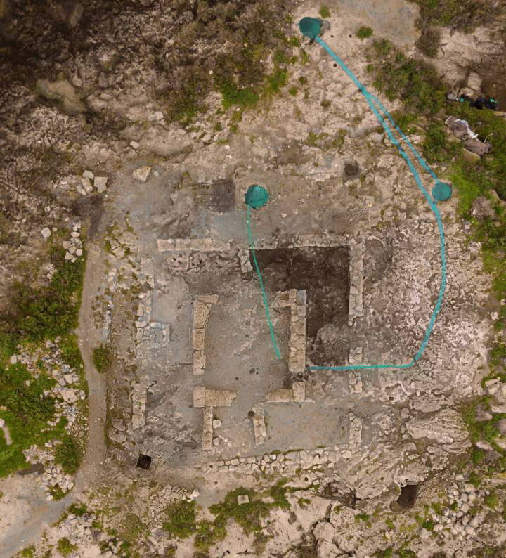 Aerial view of the Punic temple with the three circular tanks. Photo Credit: AMICS DE NA GALERA/El Pais.