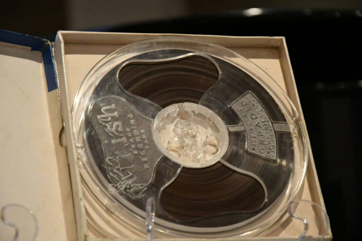 The tape with the original recording of the XEW. Photo Credit: SECRETARÍA DE CULTURA / El Pais.