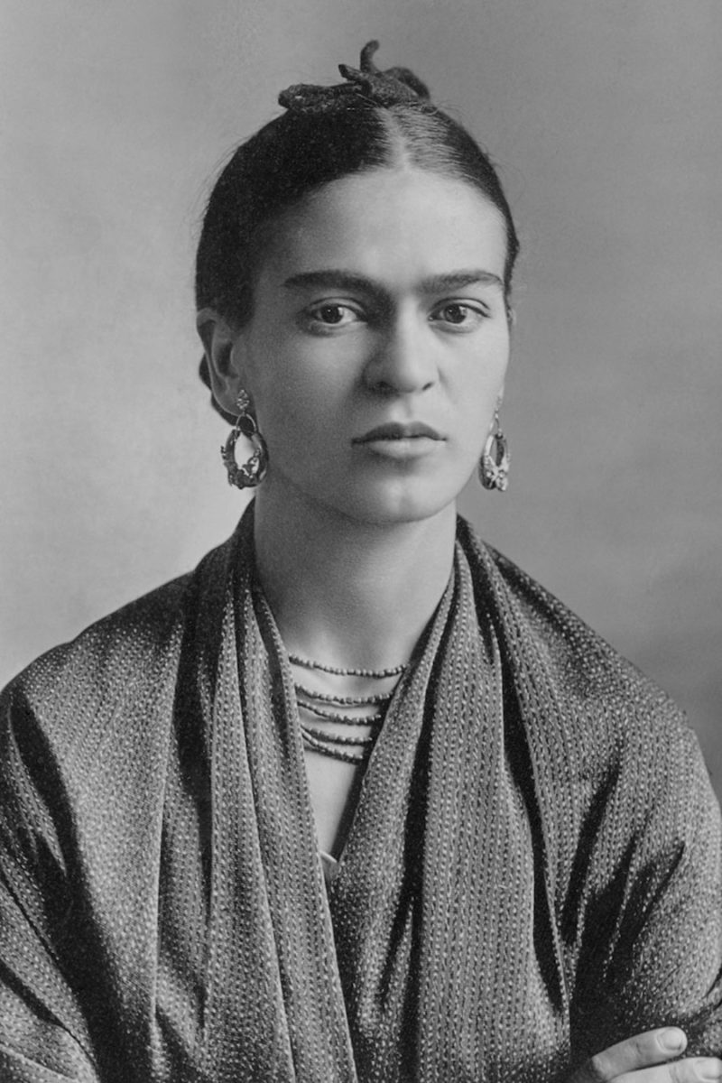 Frida Kahlo, 1932. Photo Credit: Guillermo Kahlo via Wikipedia/MyModernMet.