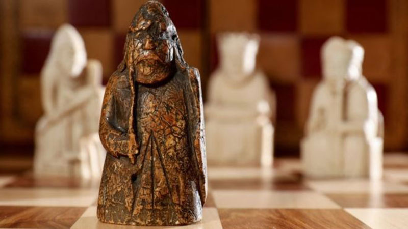 The chess piece had been bought by an Edinburgh antiques dealer for £5 in 1964. Photo Credit: Sotheby's/BBC.