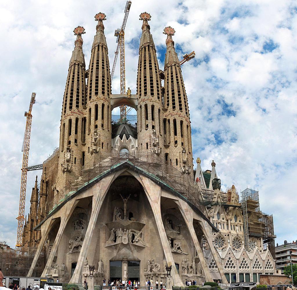 Sagrada Familia, the Passion Façade(2010). Photo: Wikipedia.