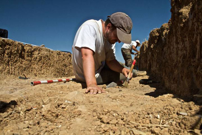 Archaeologists in Dessóbriga in the 2016 campaign. Photo Credit: The Dessobriga Project/TANN.
