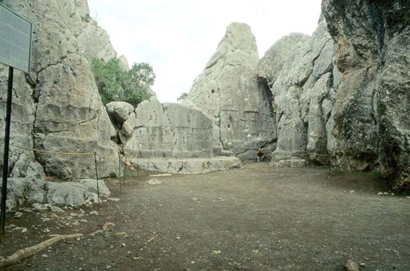 The site is a large limestone sanctuary. Photo Credit: WikiCommons/TANN.