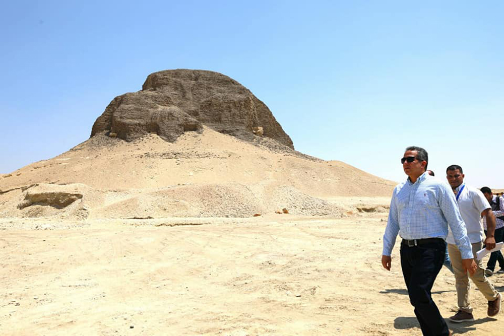 Approaching the Pyramid of Al-Lahun.