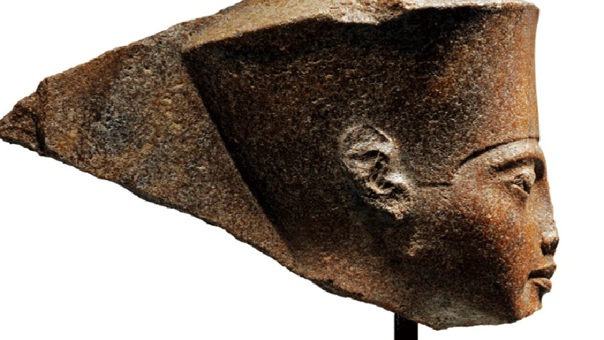 Brown quartzite head, over 3,000 years old and 28.5cm high.