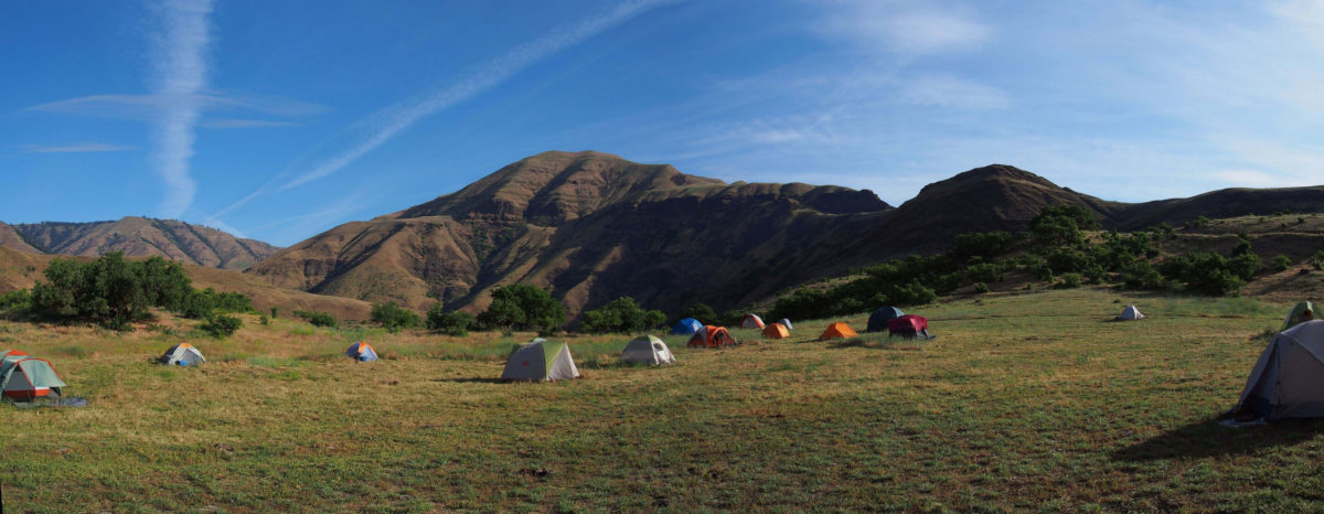 Cooper's Ferry project camp 2014. Photo Credit: Loren Davis/PHYS ORG.