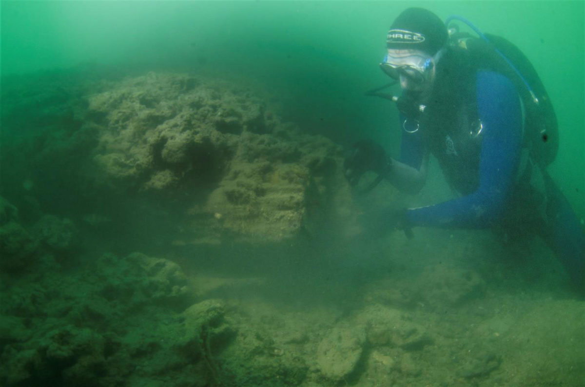 This is historian Dan Snow inspecting the site. Photo Credit: The Maritime Archaeological Trust.