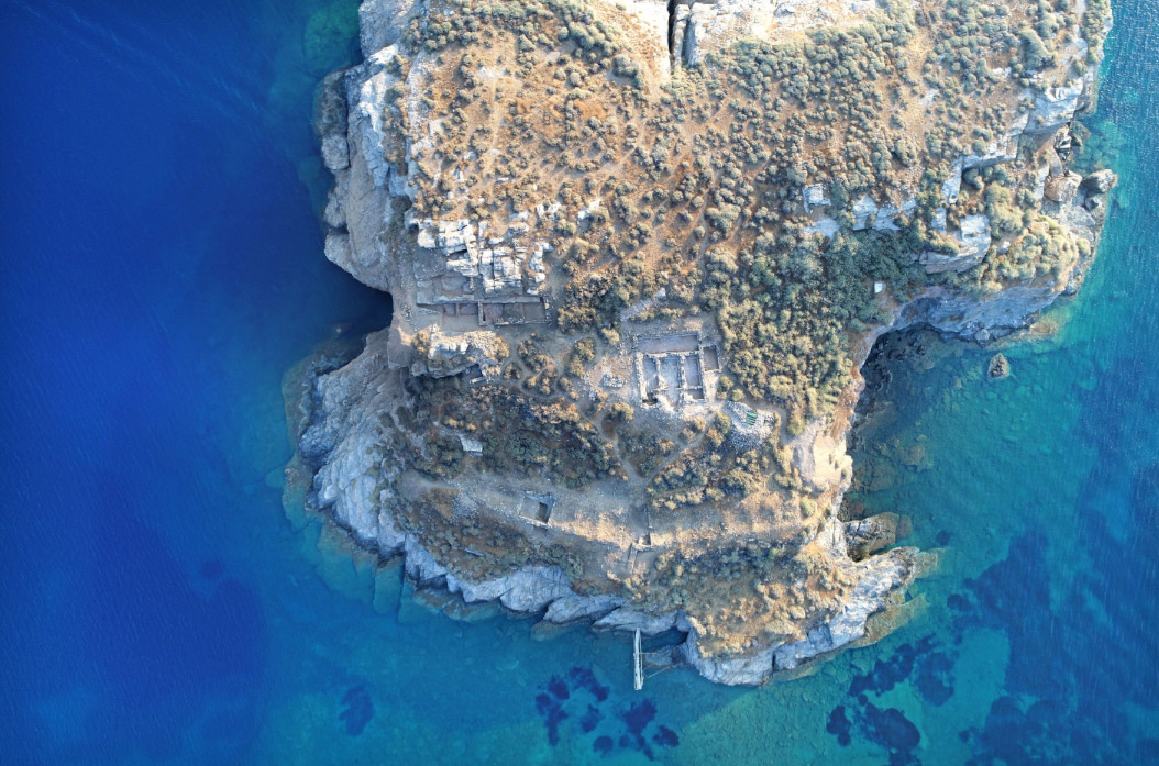 Aerial photograph of part of the islet of Vryokastraki (photo: Kostas Xenakis)