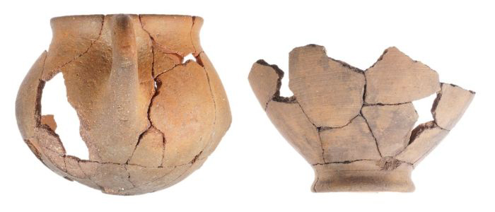 Examples of Aegina-type vessels made outside of Aegina, Pefkakia. (photo by B. Lis, copyright: Εφορεία Αρχαιοτήτων Μαγνησίας/Ephorate of Antiquities of Magnesia)