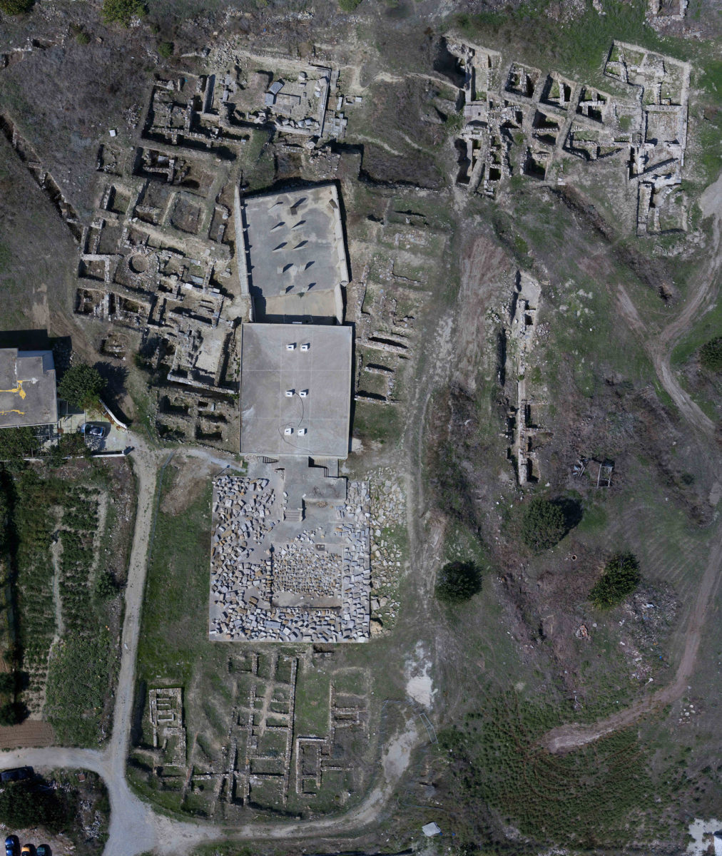 Aerial photograph of the excavation at ancient Alasarna conducted by Athens University.