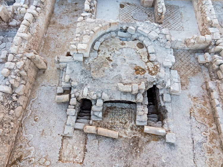Staircases leading pilgrims to and from the crypt. Photo: Assaf Peretz, Courtesy of the Israel Antiquities Authority.