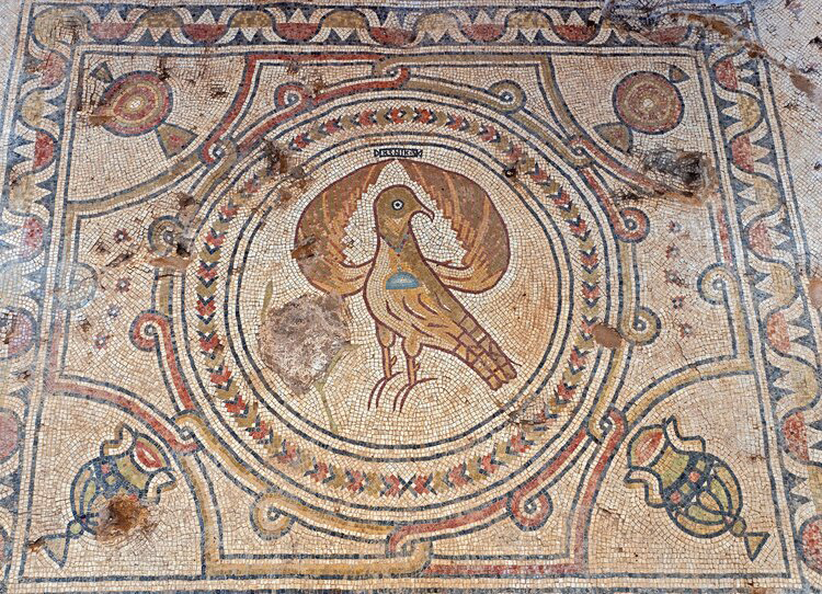 Eagle, symbol of the Byzantine Empire. Photo: Assaf Peretz, Courtesy of the Israel Antiquities Authority.