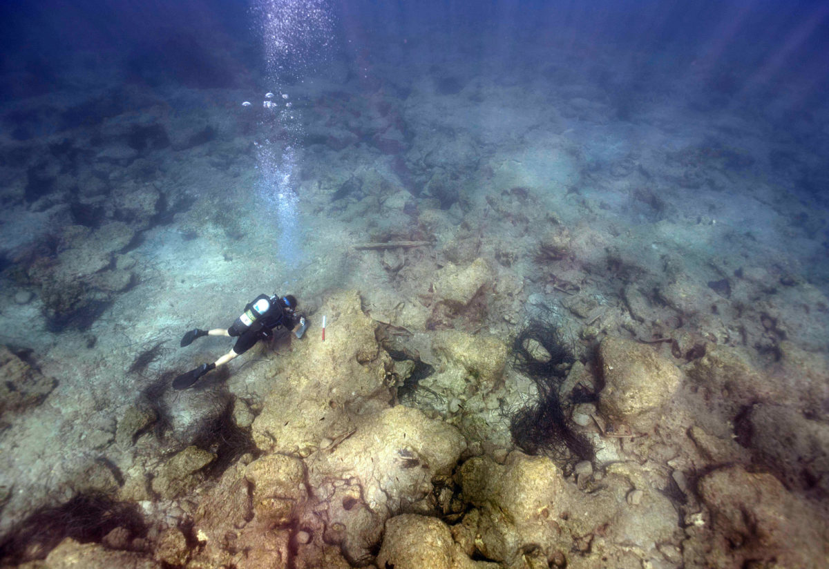 Survey conducted by divers using underwater scooters, enabled wider coverage of the offshore approaches, identified new finds including numerous stone anchors and what appears to be the remains of a wreck carrying roof tiles.