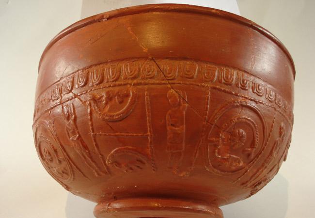 Sigillata bowl from Gaul, 2nd Century AD. (Source: Goethe Universität Frankfurt am Main)