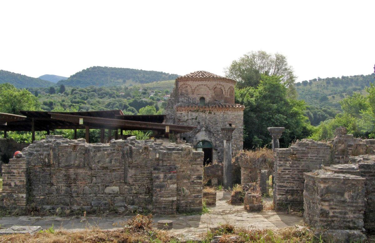 The Byzantine monastery of Pantanassa (photo: Arta Ephorate of Antiquities)