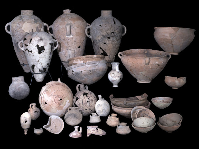 Some of the pottery uncovered in the temple. Credit: C. Amit/IAA.