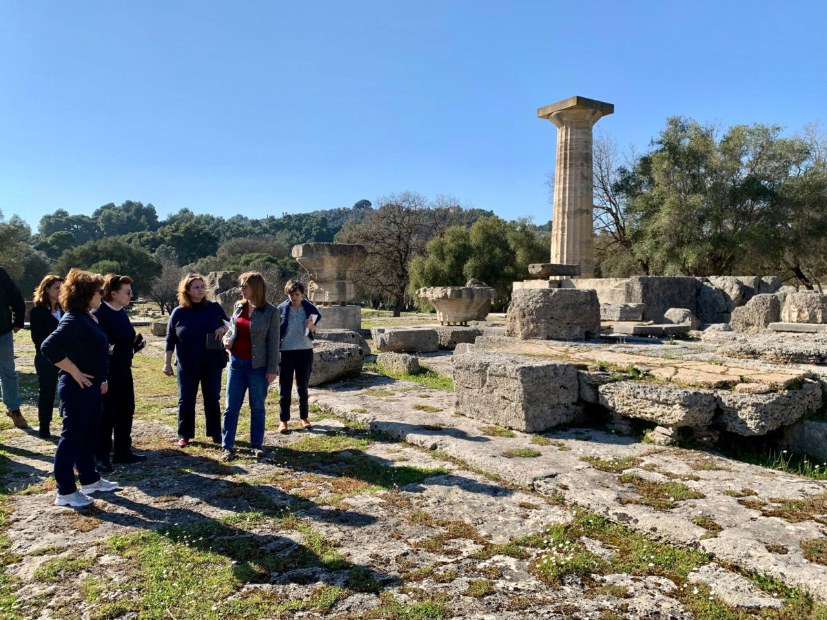 The Minister of Culture and Sports at Olympia with Ministry executives (photo: MOCAS).