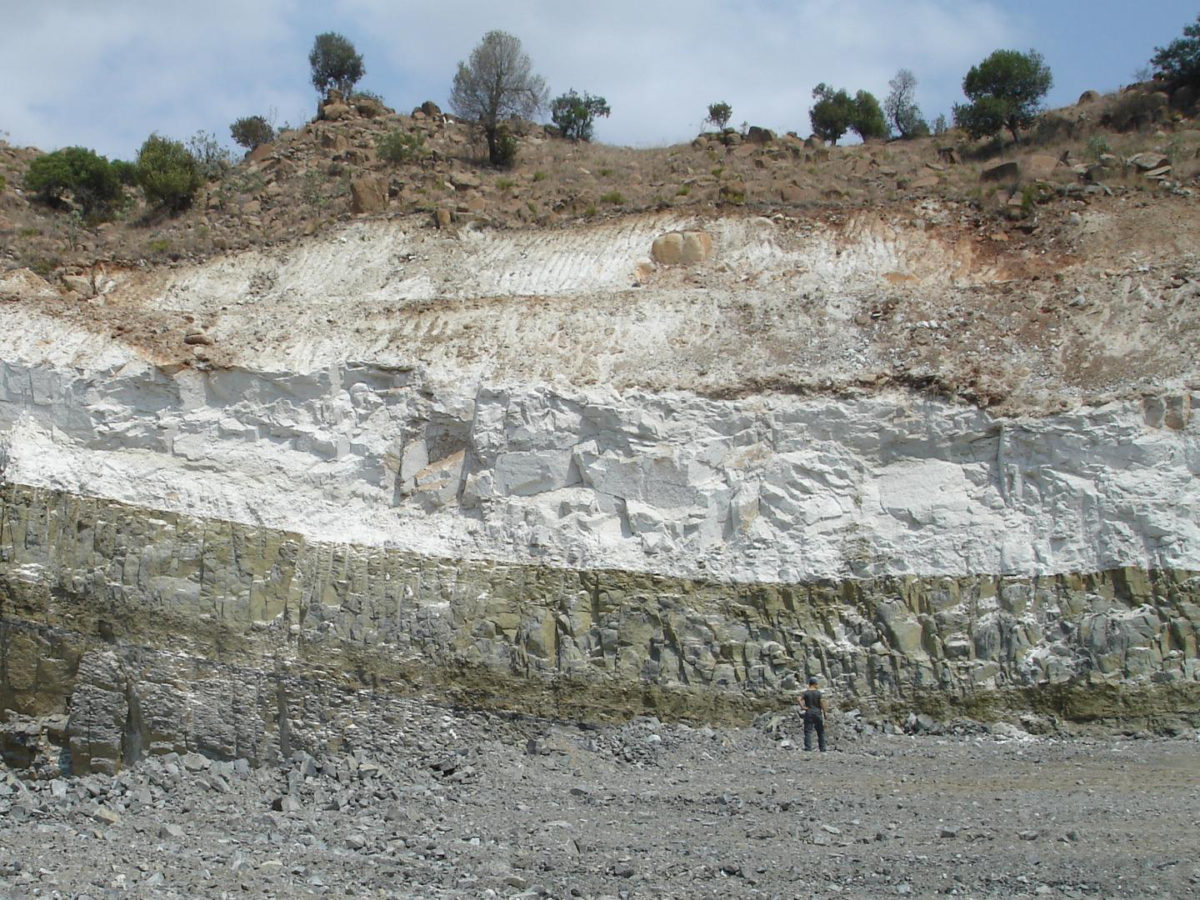 An example of a thick layer of stratiform anorthosite (white) from the world-known Bushveld Complex in South Africa. Credit: Wits University