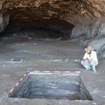 Evidence of Late Pleistocene human colonization of isolated islands