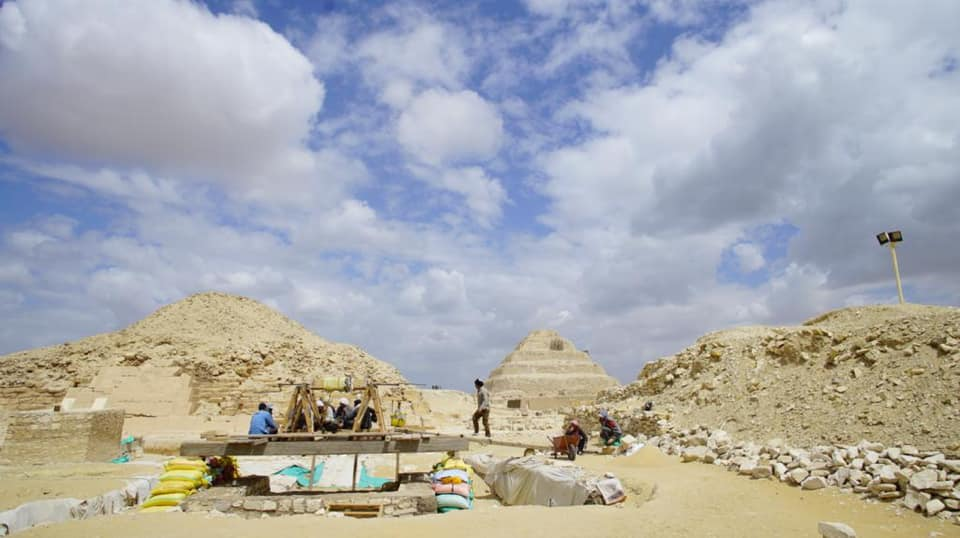 The Egyptian German mission in Saqqara during work.