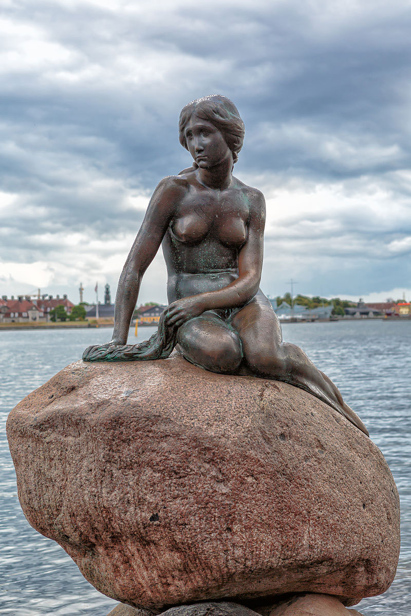 The Little Mermaid, the famous statue in the port of Copenhagen (photo: Wikipedia)