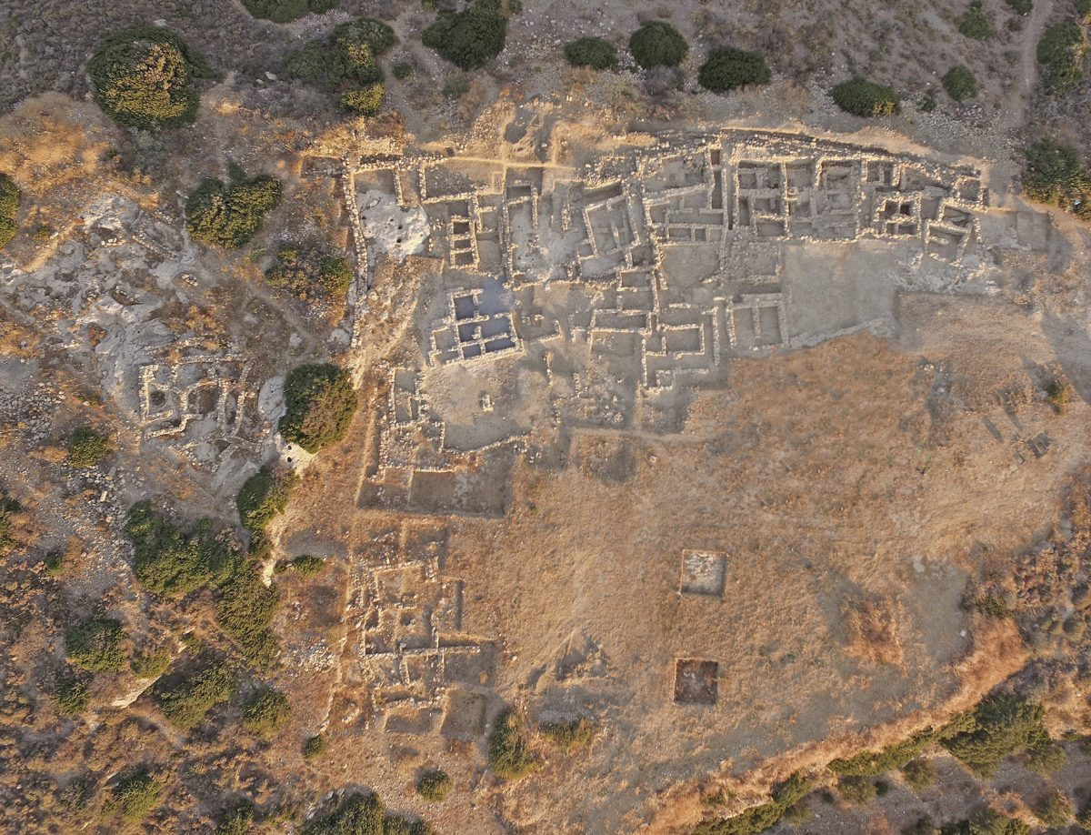 Campaign for the cemetery of the Minoan palace at Petras