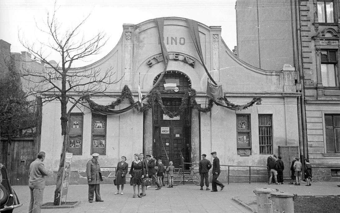 Syrena Cinema at 4 Inżynierska Street, 1946, photo: PAP