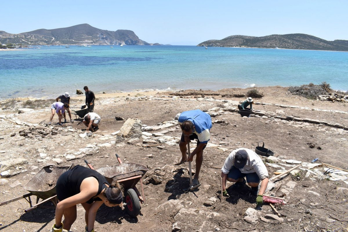 Excavation of the Γτ Building on Tsimintiri (Shot from the North East). (Photo: Ministry of Culture)