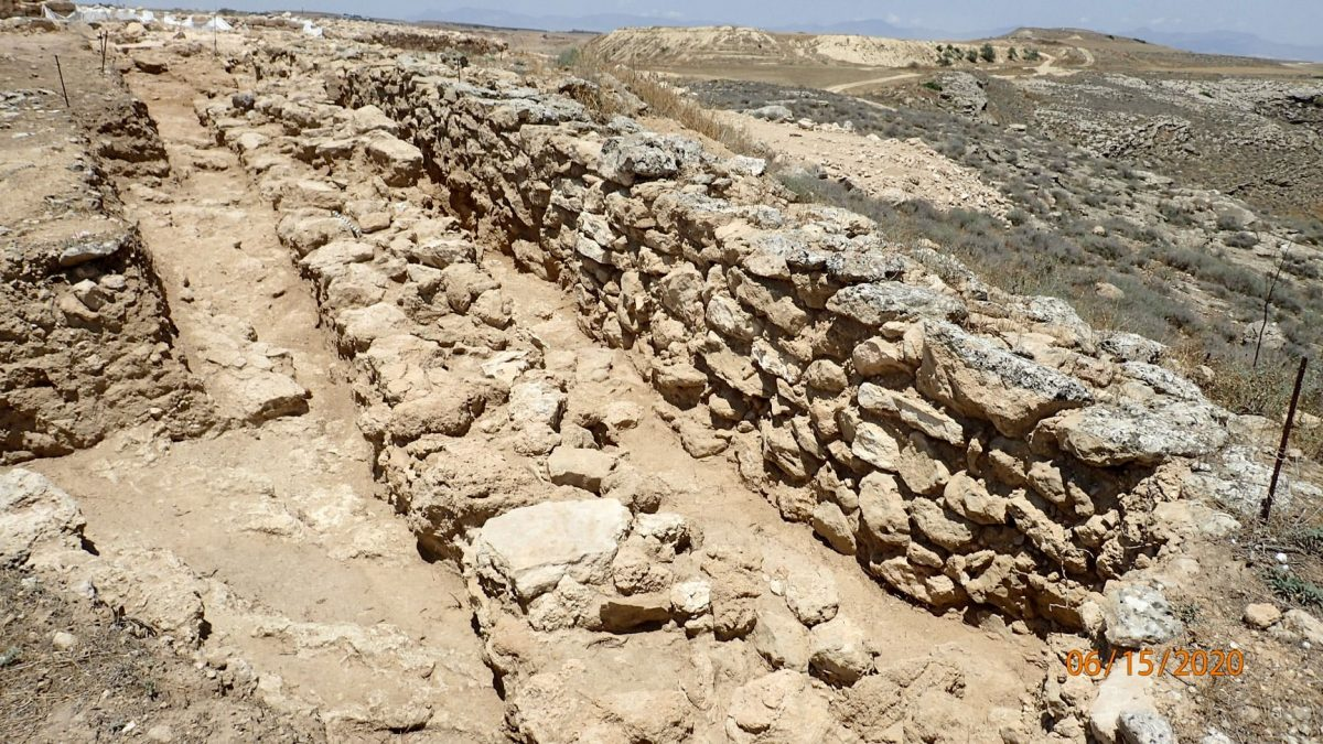 Wall of irregular stones which belongs to an older phase of the fortification. Credit: Department of Antiquities / Cyprus