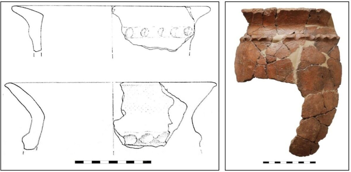 Cordoned ollae from Etruria (left) cordoned olla from Tavolara (right). Credit: left by Pacciarelli, 2000; right by E. Grixoni