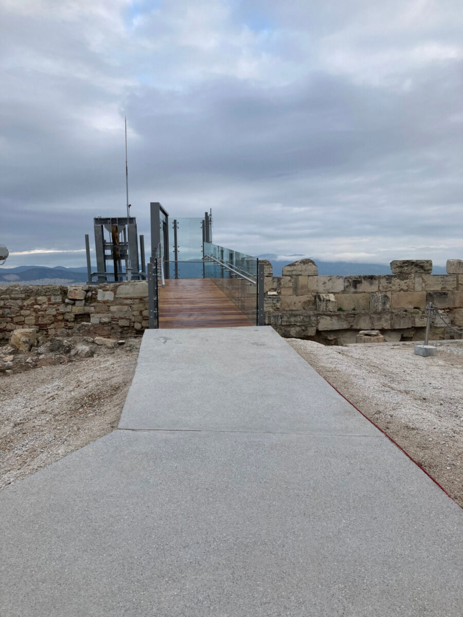 The exit platform from the Acropolis (photo: MOCAS)