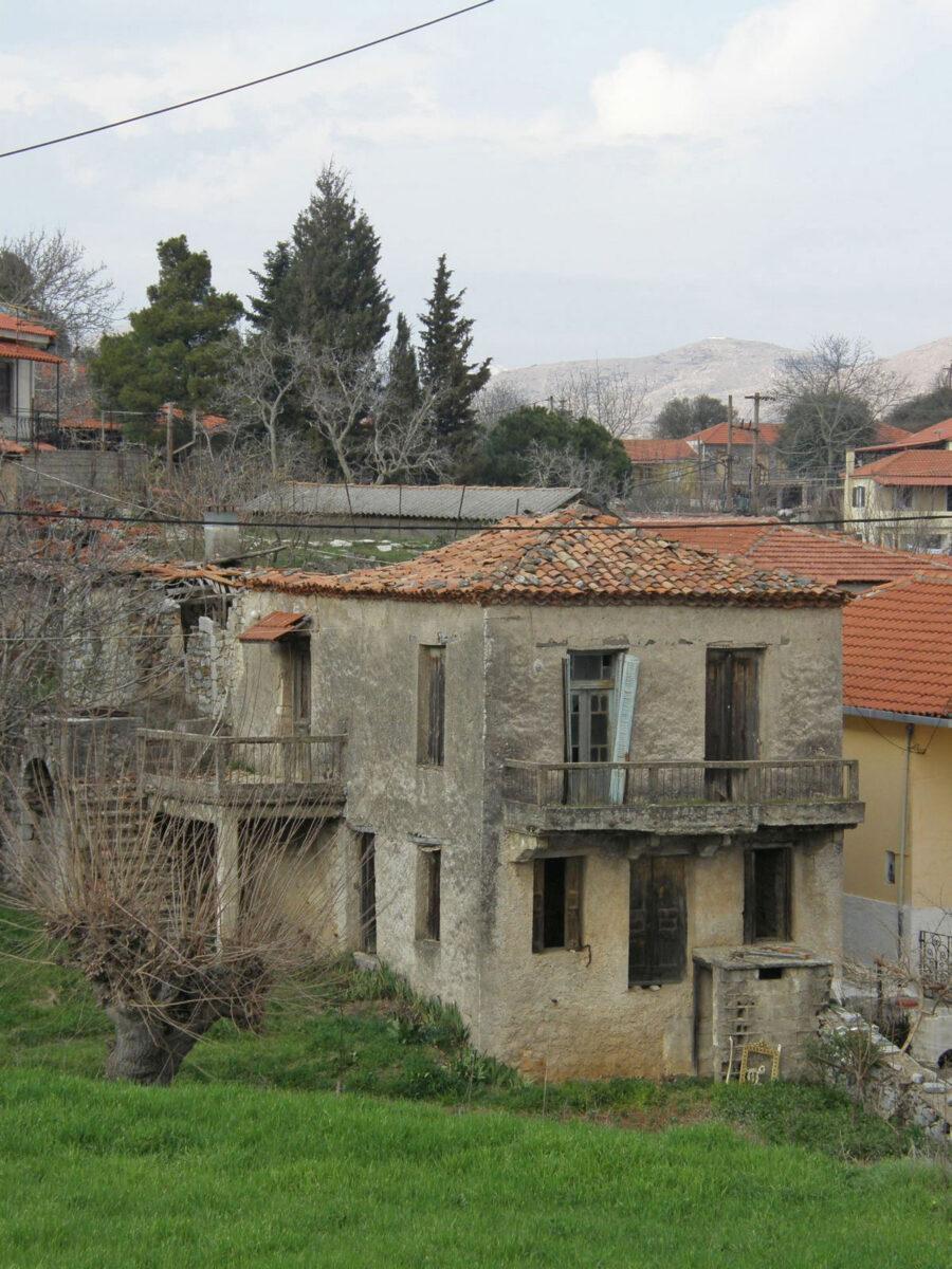 The house where Nikos Gatsos was born in Asea, Arcadia (photo: MOCAS)