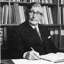 Martin Sinclair Frankland Hood (31 January 1917 – 18 January 2021)
