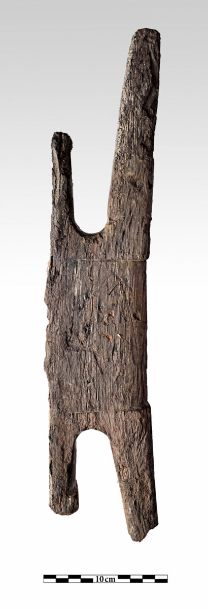 Wooden cleat. (photo: P. Vezyrtzis)
