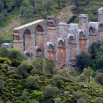Danger of the Moria Roman aqueduct collapsing
