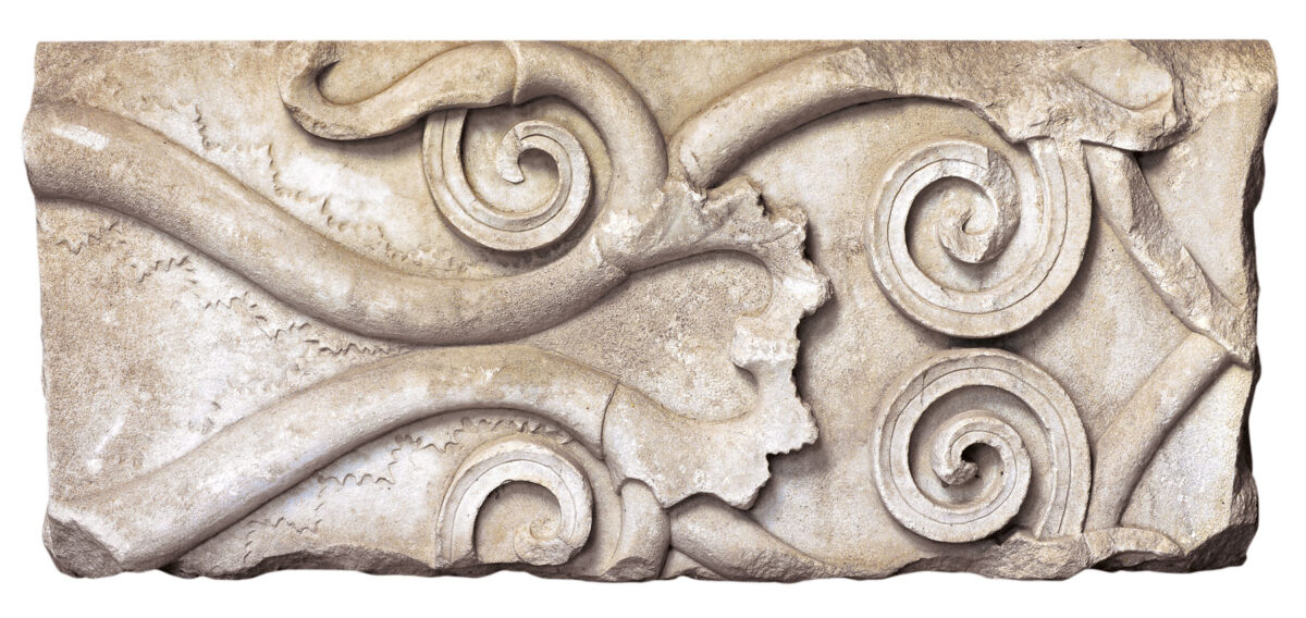 Section of a marble frieze with plant decoration (4th c. BC). Photo: Hemathia Ephorate of Antiquities
